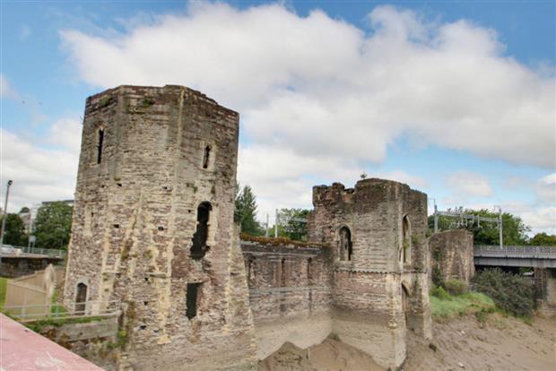 Castle View, Newport