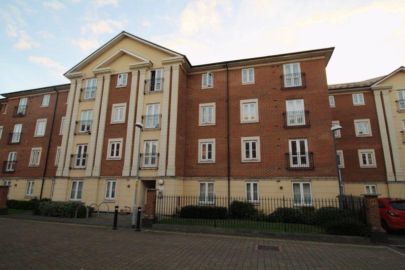 Brunel Crescent, Swindon