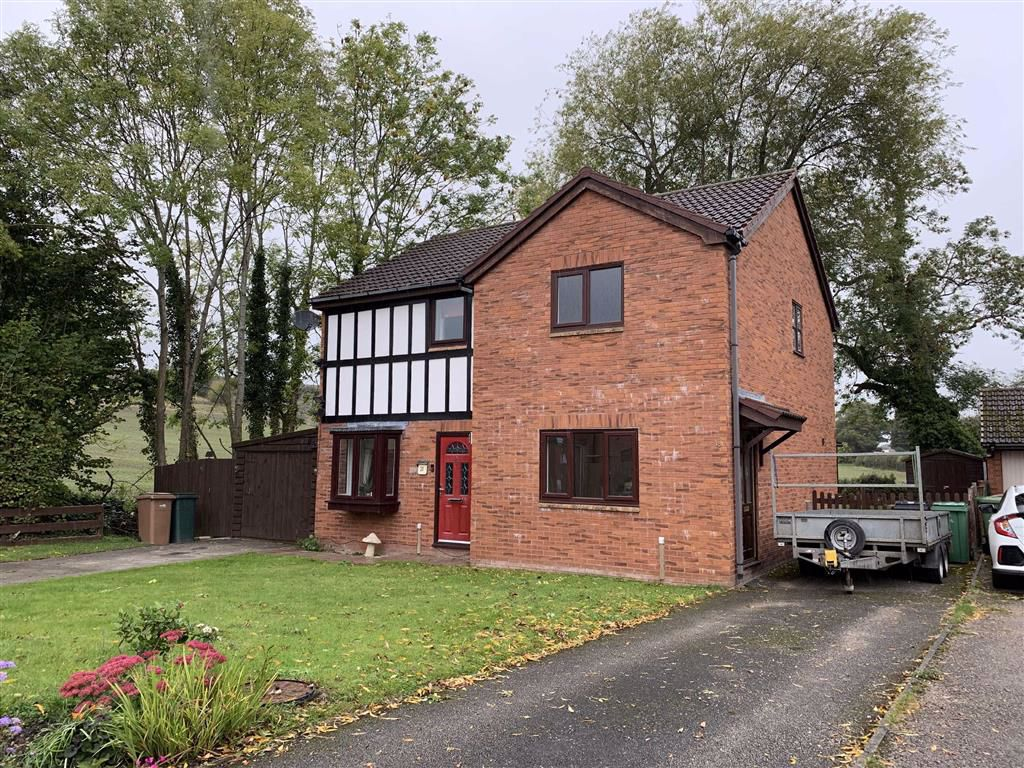 Guinevere Close, Oswestry, SY11