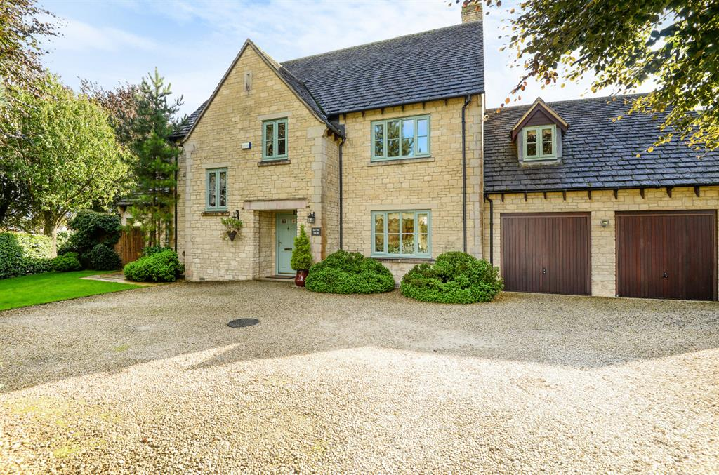 Smith Barry Road, Upper Rissington, Cheltenham, GL54 2QT