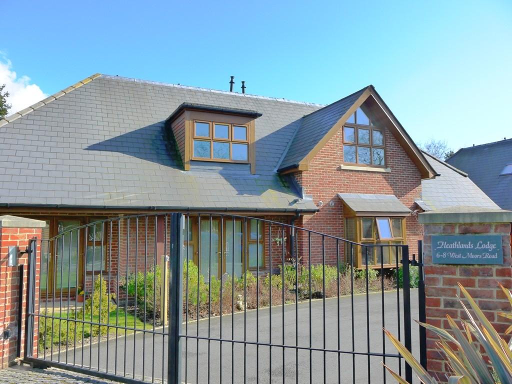 4b Heathlands Lodge, West Moors Road, Ferndown