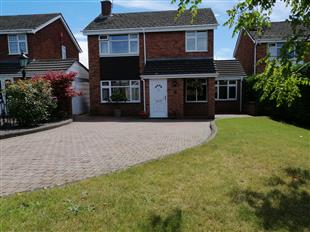 Munro Close, Kidderminster, DY10