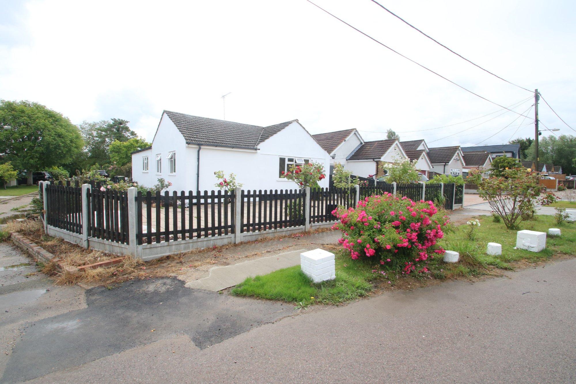 Central Avenue, Hullbridge