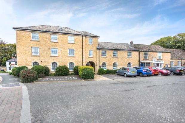 Flat 8, Thornberry, Market Square, Bampton, Oxfordshire