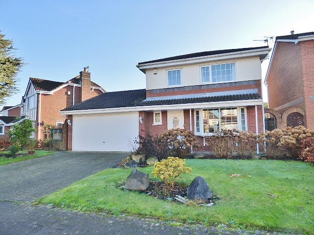 6 Falconers Green, Kingswood, Warrington, WA5  7XD