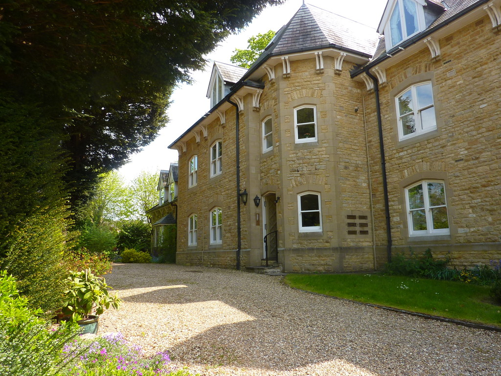 Wychwood House, Charlbury