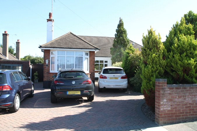 Dulverton Avenue, Westcliff-On-Sea, Essex, SS0