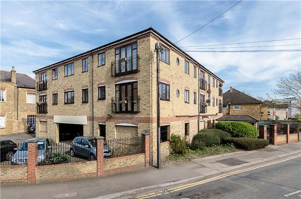 Wandle Road, MORDEN, Surrey, SM4 6AU