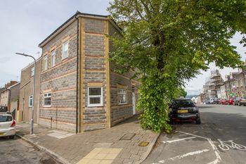 Arcot Street, Penarth, Gloucester