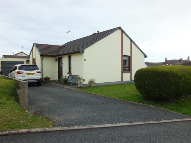 Oakfield Drive, Kilgetty, Pembrokeshire