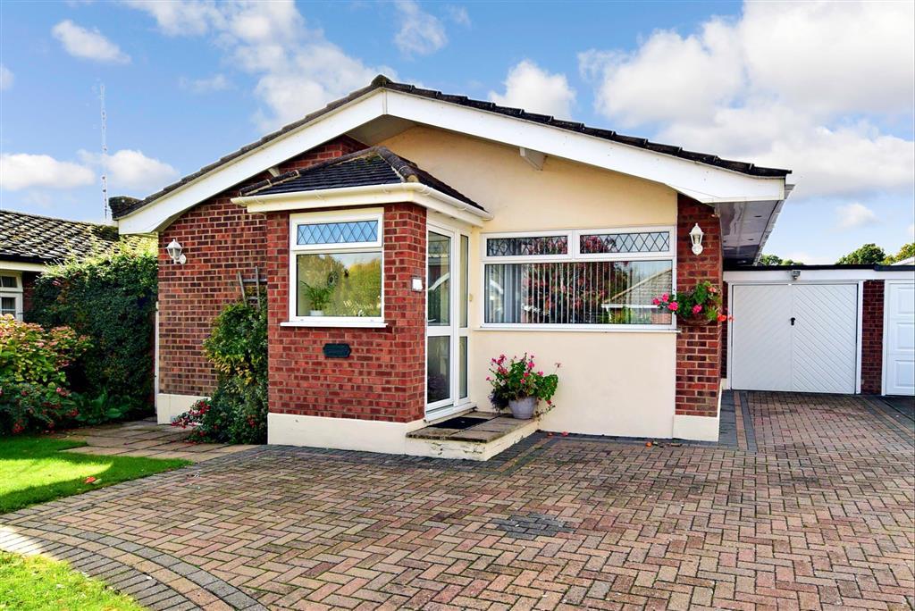Deerhurst Close, , New Barn, Longfield, Kent