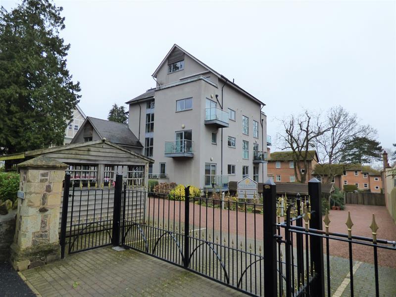 Albert Road North, Apartment 15, Malvern