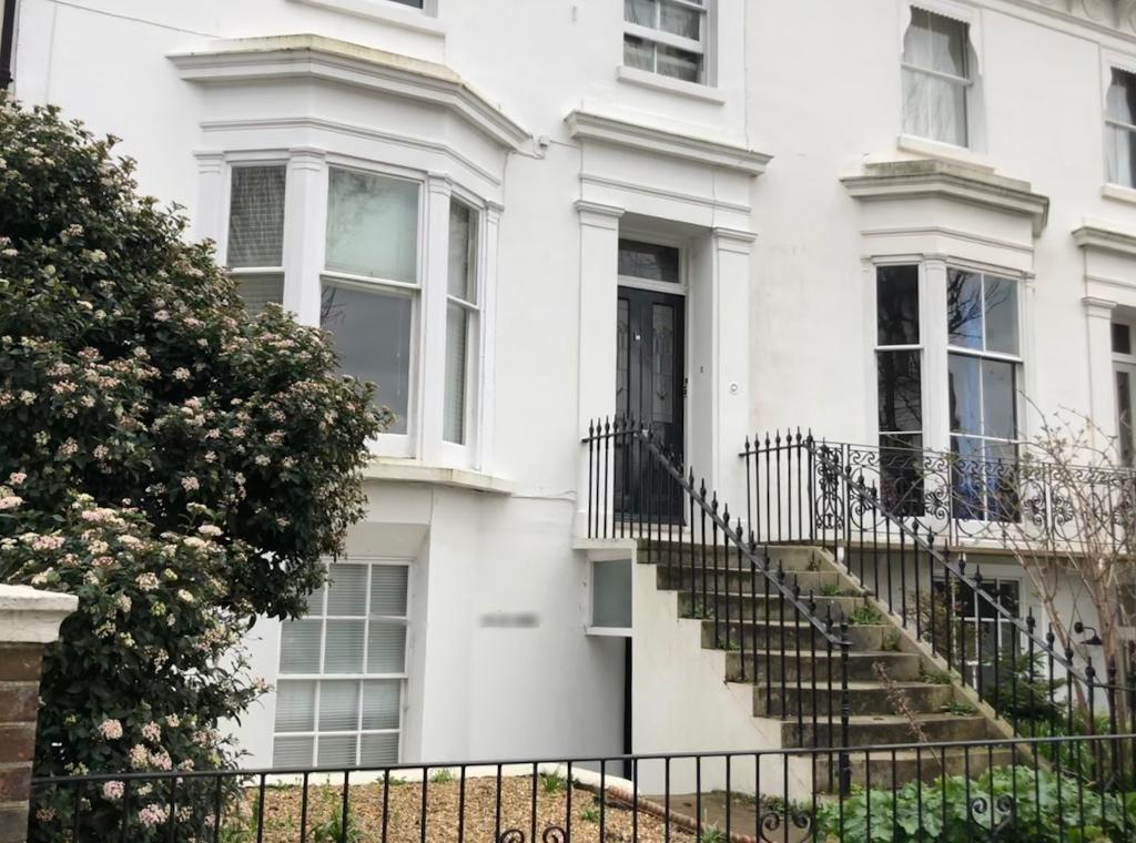 Compton Avenue, Brighton