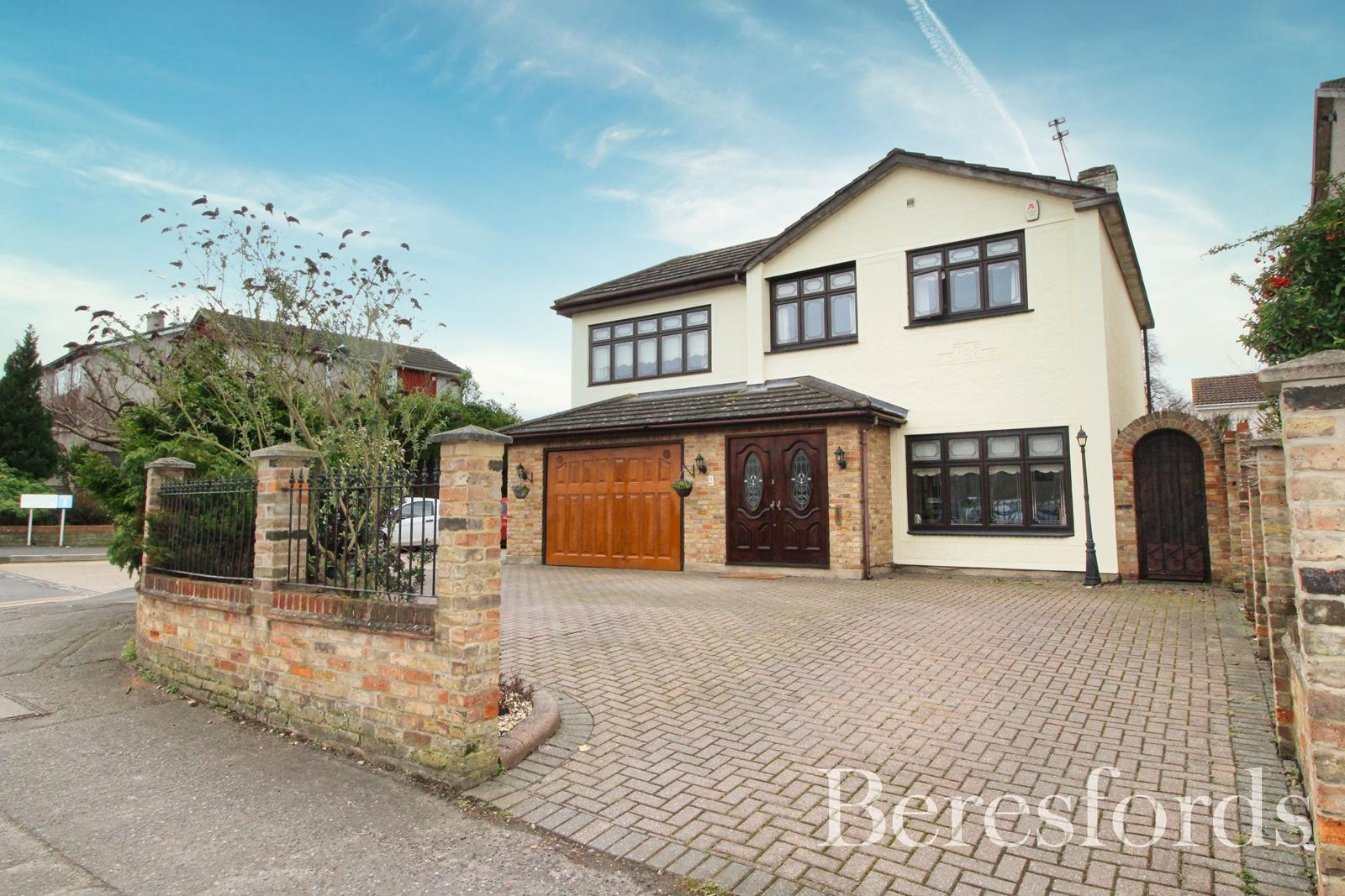 Londons Close, Upminster, Essex, RM14