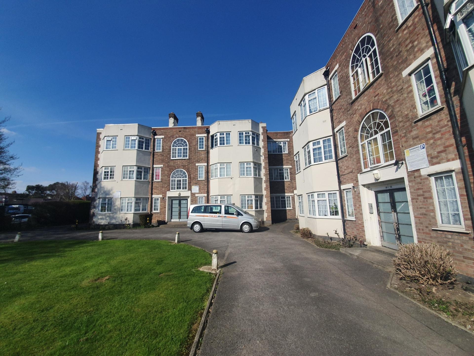 Barons Court, Kingsbury NW9