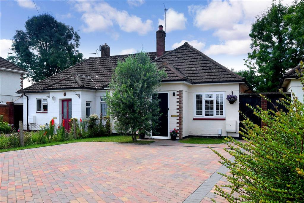 Aperdele Road, , Leatherhead, Surrey