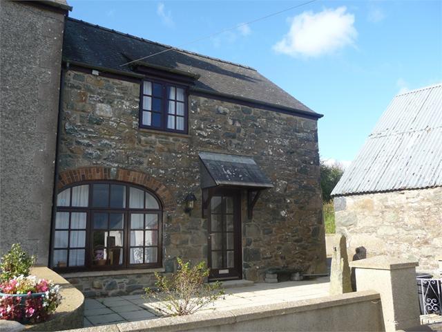 Bristgarn Cottage, Pencaer, Goodwick, Pembrokeshire