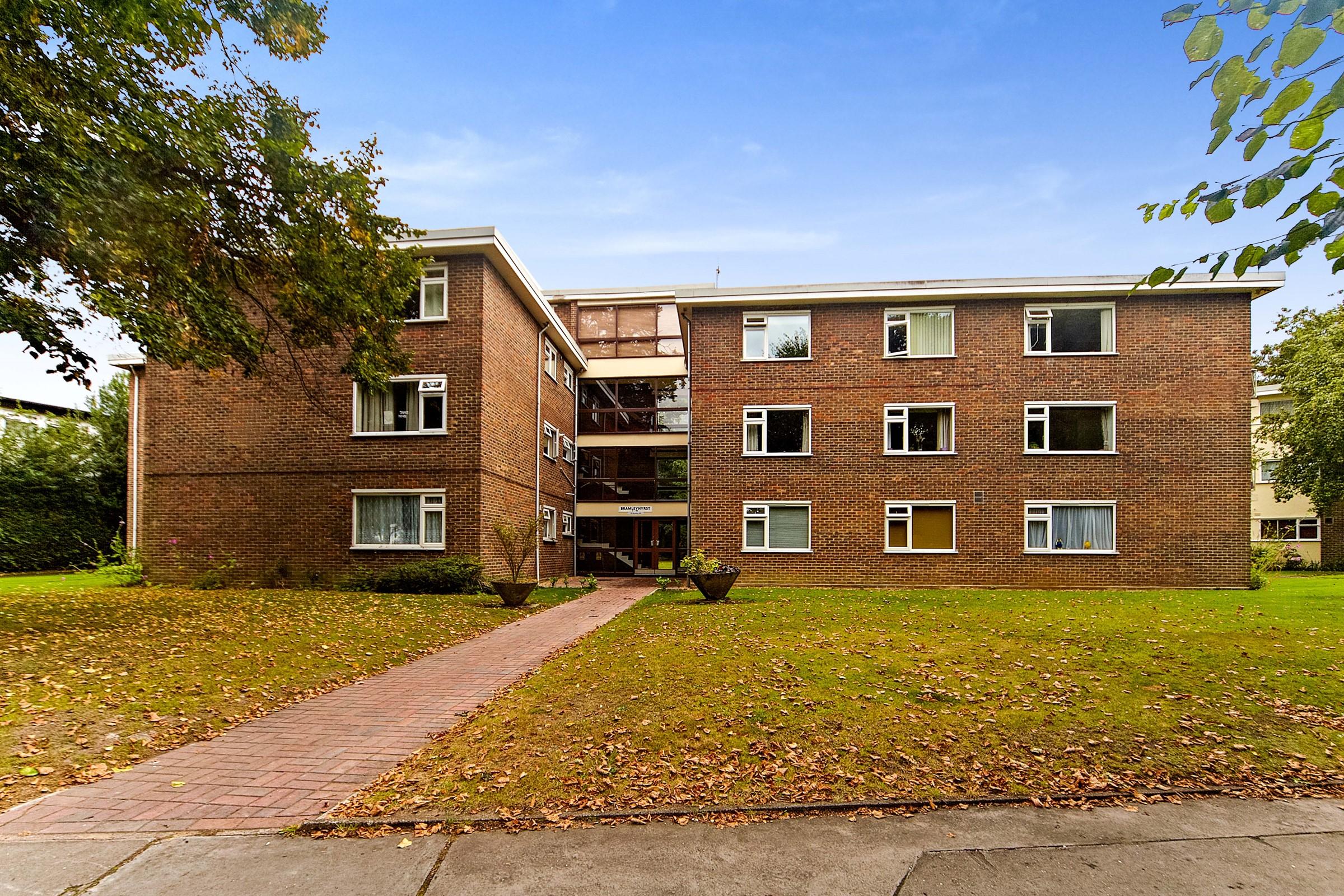 Bramley Hyrst, Bramley Hill, South Croydon, Surrey, CR2