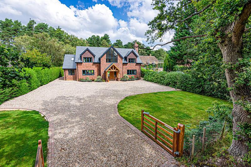 Pamber Road, Silchester, Reading, RG7