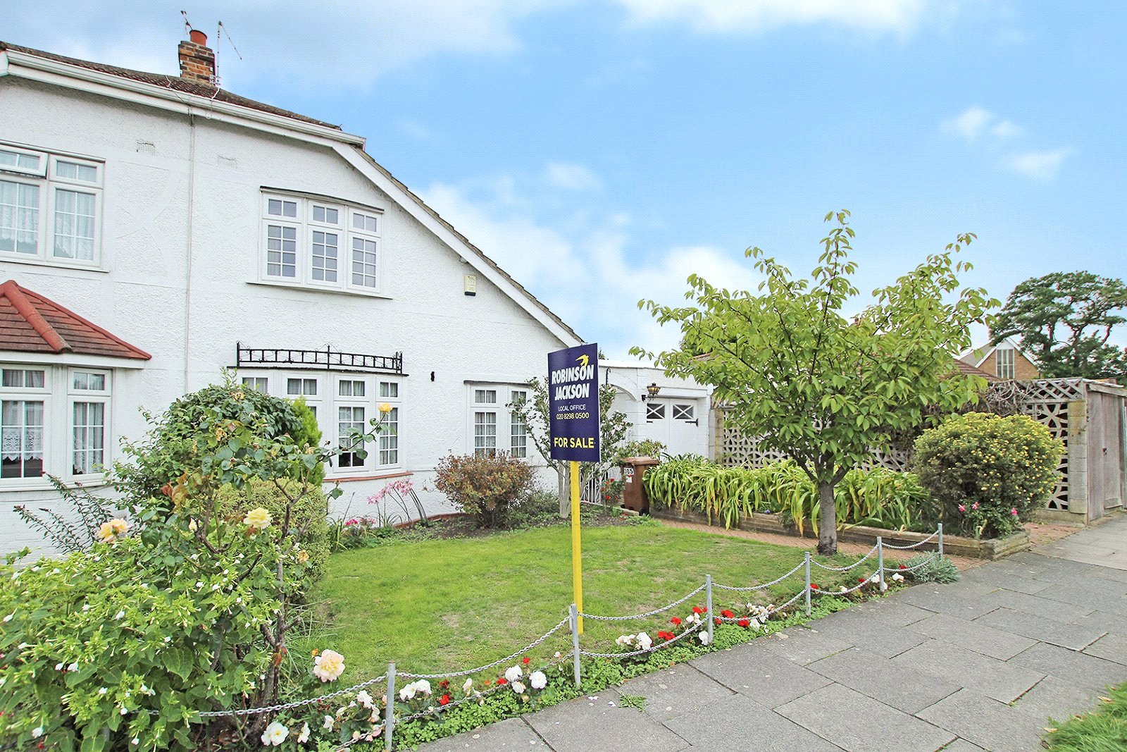 Burnt Oak Lane, Sidcup, Kent, DA15