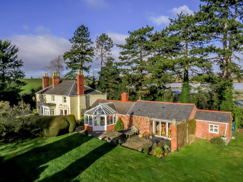 Veldifer House, Stretton Sugwas, Hereford, Hr4 7aa