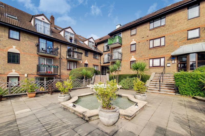 French Apartments, Lansdowne Road, Purley