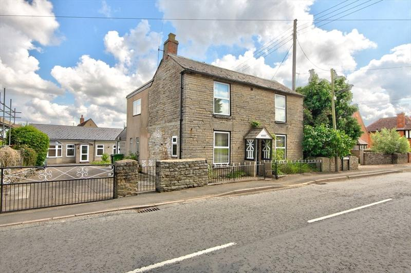 Main Street, South Littleton, Evesham, WR11