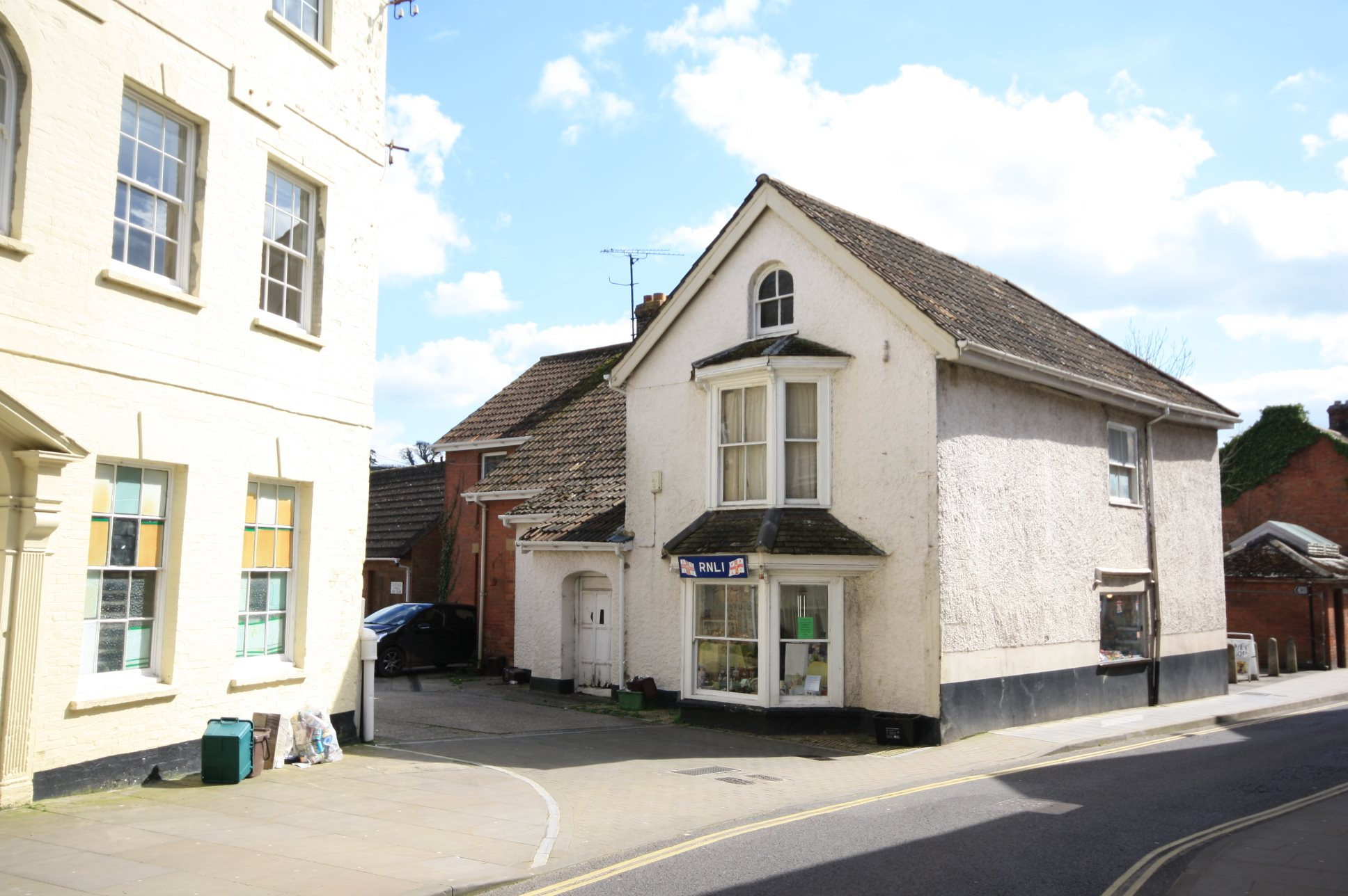 Flat 2 Swan Centre, Ditton Street, Ilminster