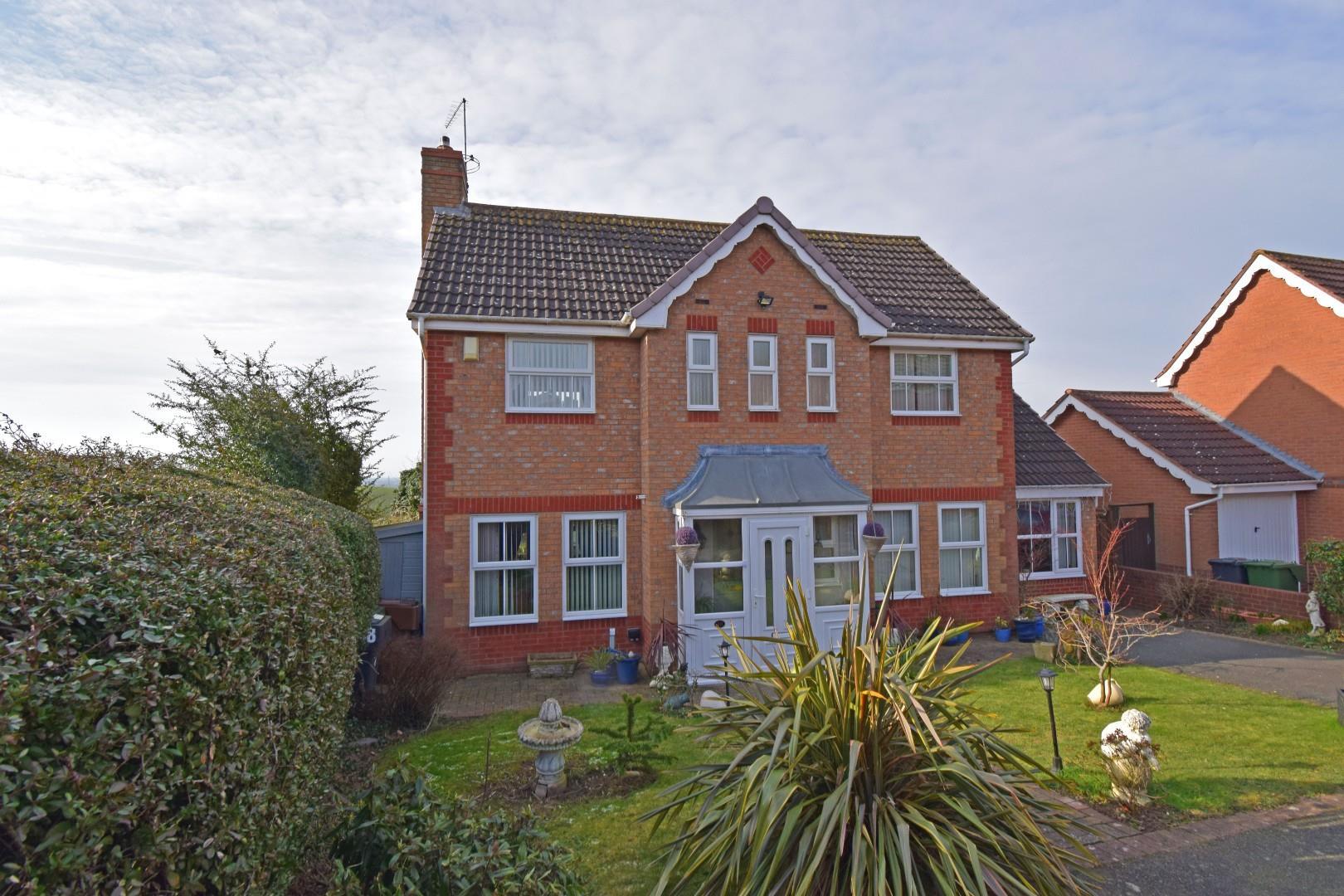 48 Parkstone Avenue, Hilltop, Bromsgrove, Worcestershire, B61 7NS