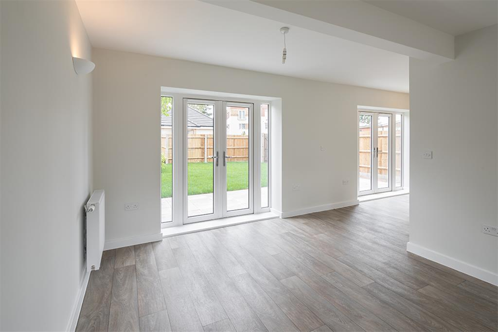 Cleeve Road, Albany Place, Leatherhead, Surrey