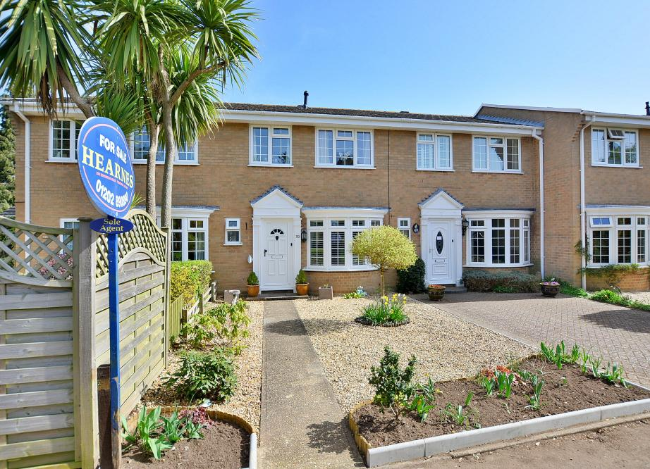 Warren Walk, Ferndown, Dorset, BH22 9LY