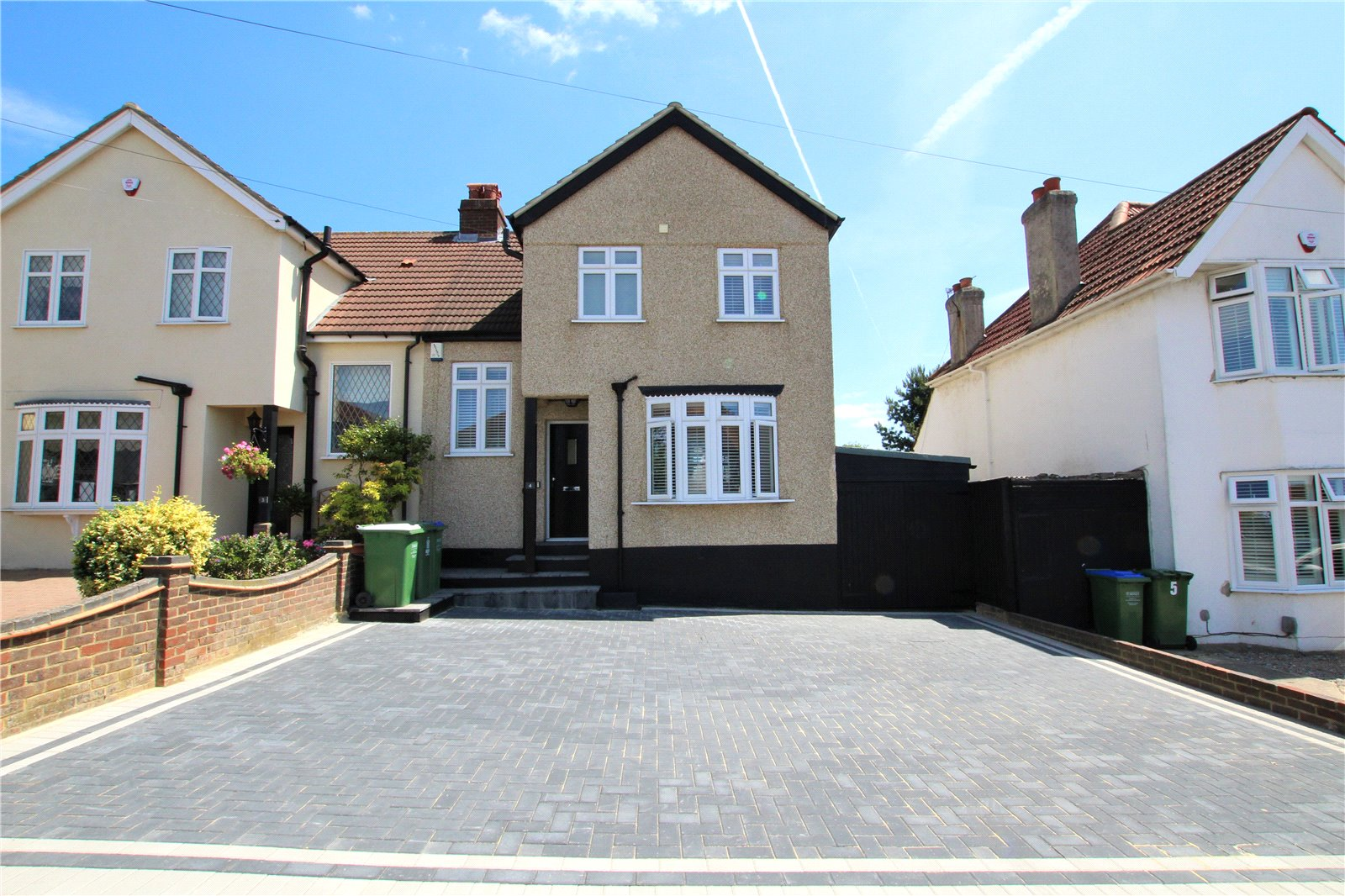 Rochester Close, Blackfen, Kent, DA15