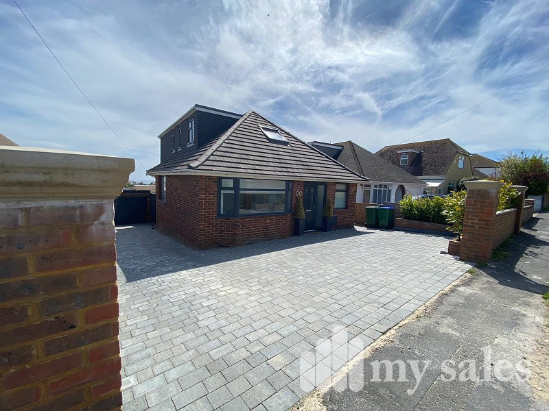Oaklands Avenue, Saltdean, Brighton, East Sussex. BN2