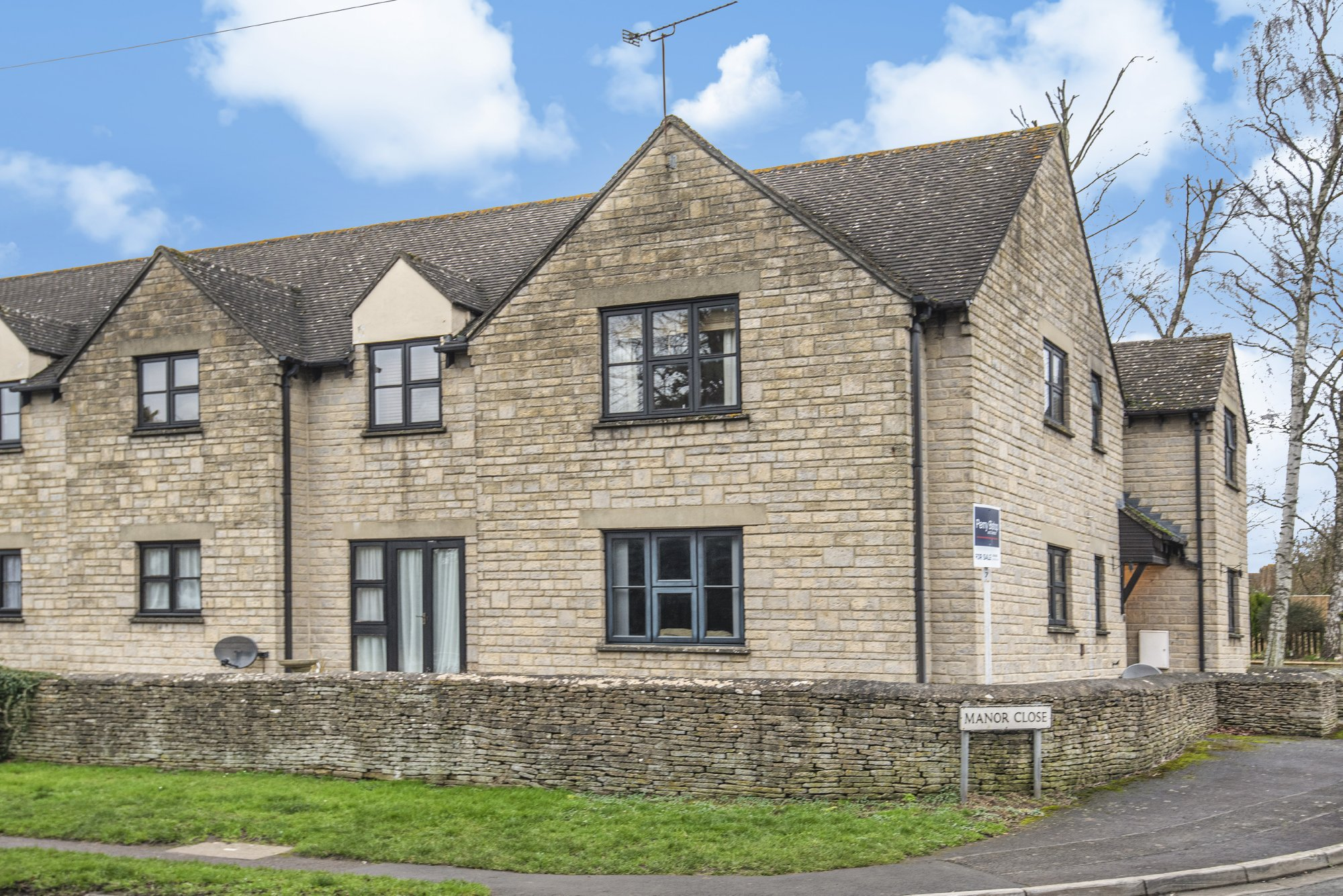 Manor Court, Fairford