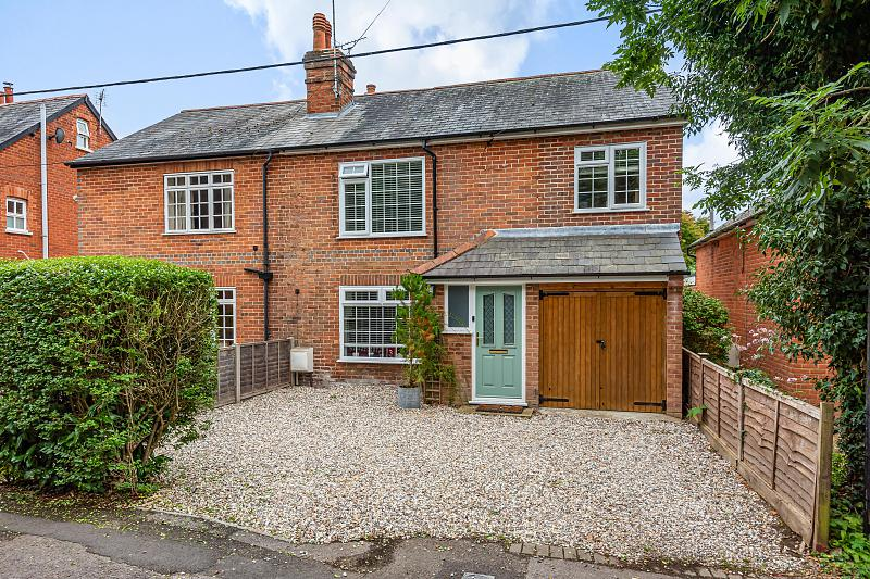 St. Catherines Hill, Mortimer, Reading, RG7
