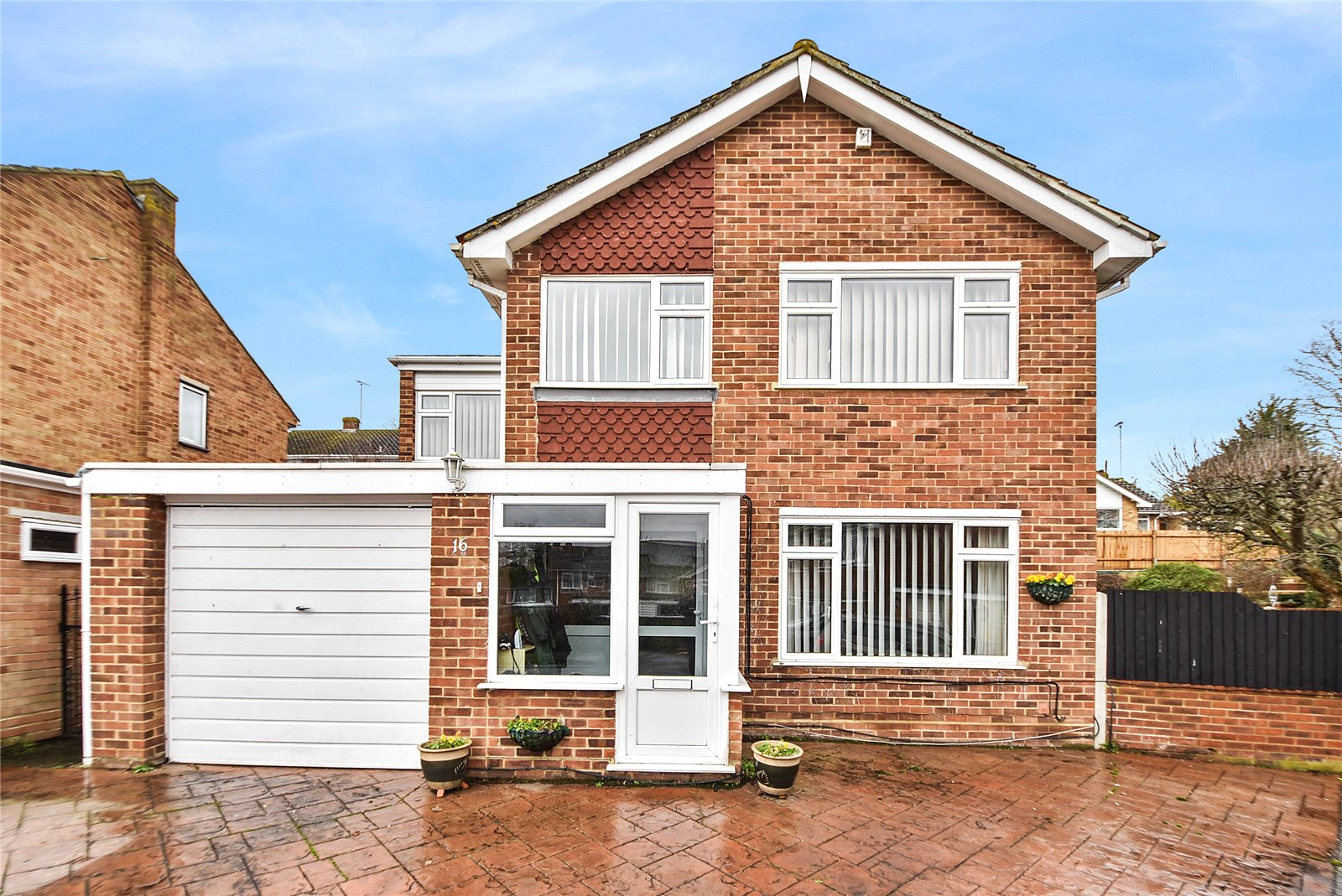 Cedar Drive, Sutton At Hone, Dartford, Kent, DA4