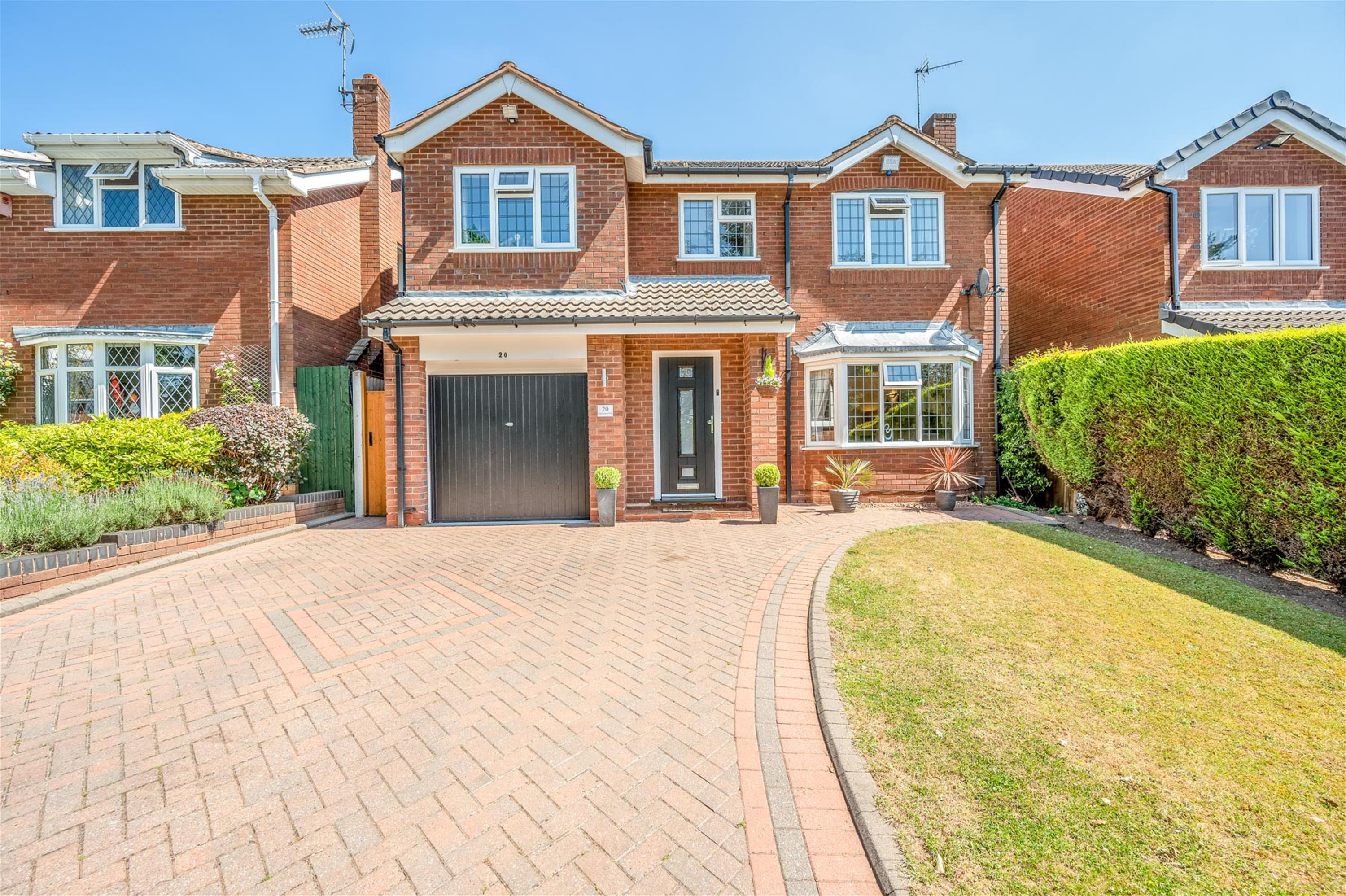 Grasmere Close, Kingswinford, DY6 9DQ