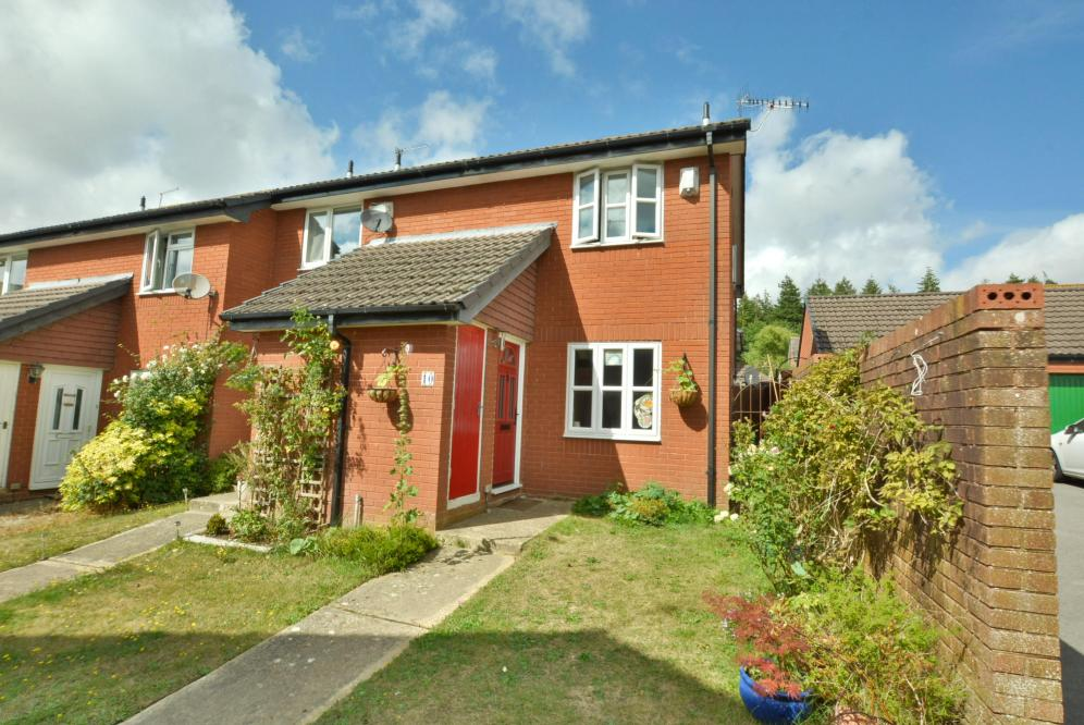 Colt Close, Colehill, BH21 2TY