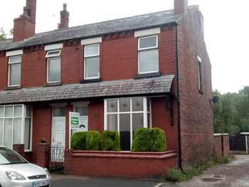 King Street, A Superb Double Bedroom Garden Apartment On, Westhoughton