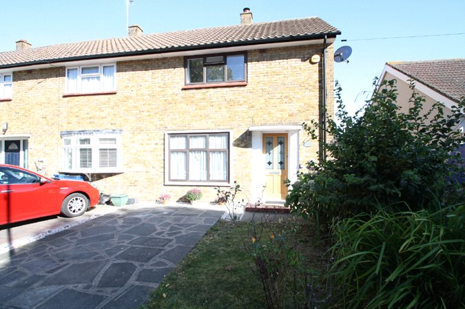 Flemming Crescent, Leigh-on-Sea, Essex, SS9