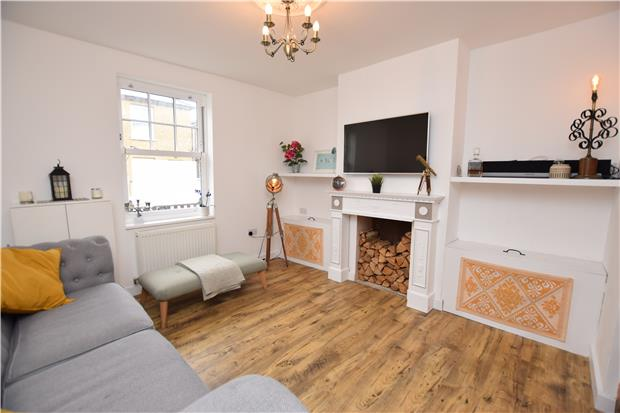 Station Road, CARSHALTON, Surrey, SM5 2LA