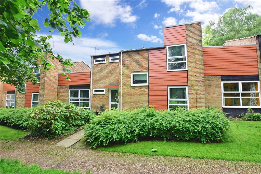 Lambardes, , New Ash Green, Longfield, Kent