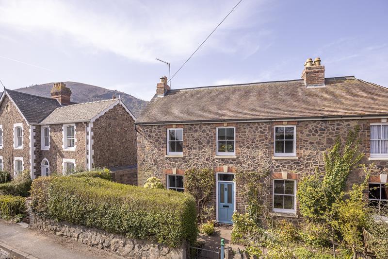 Henley Place, Malvern