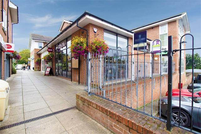 Bells Hill Green, Stoke Poges, Slough, Buckinghamshire