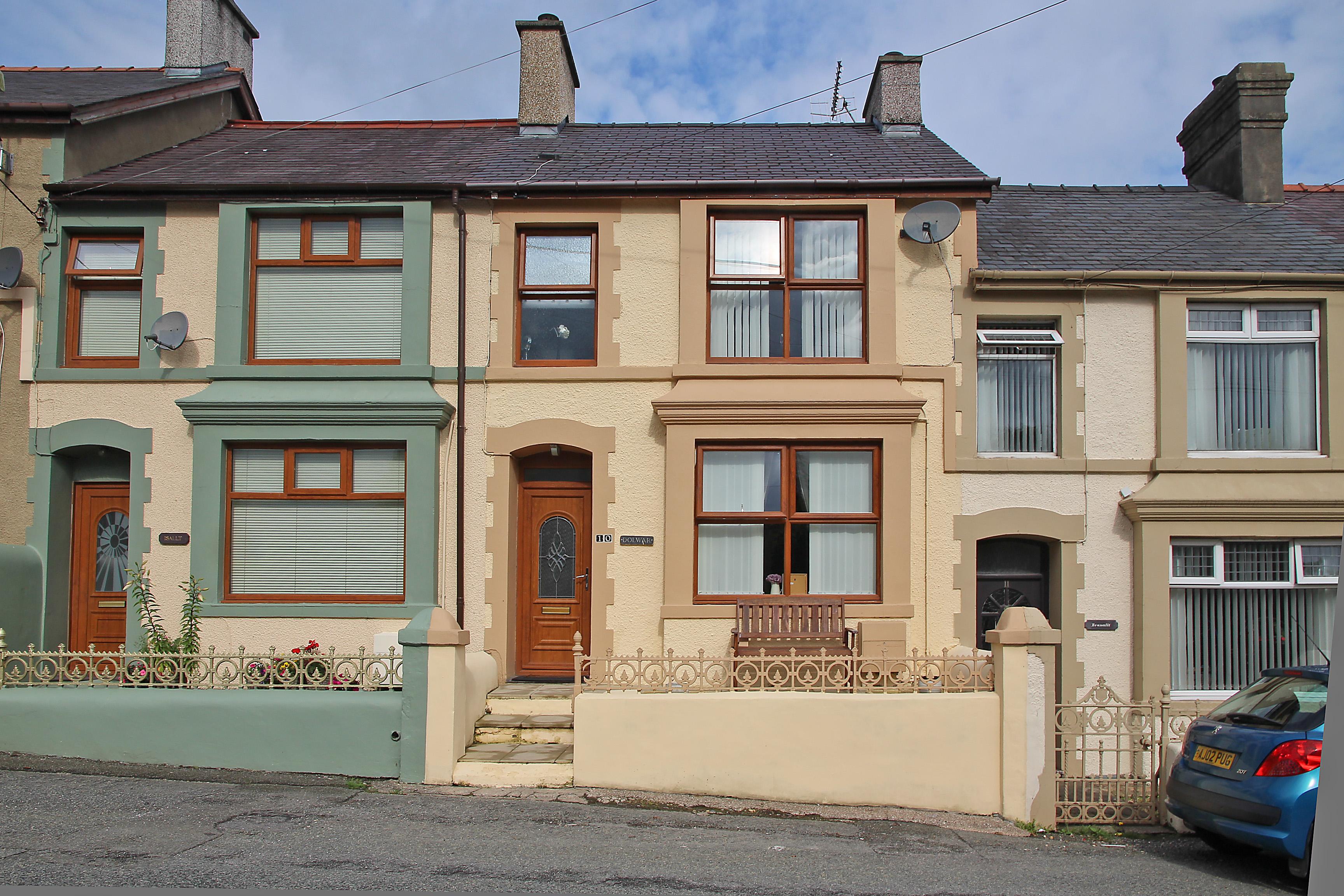 Rhythallt Terrace, Llanrug, North Wales