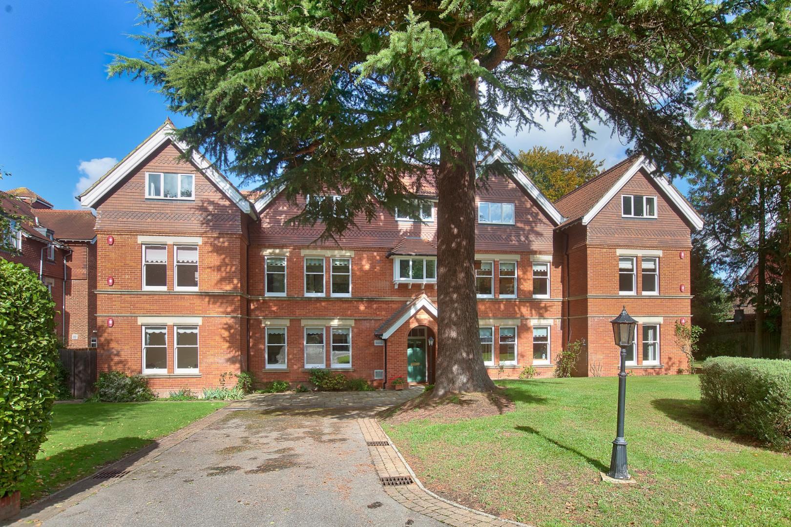 74 Harnham Road, Salisbury