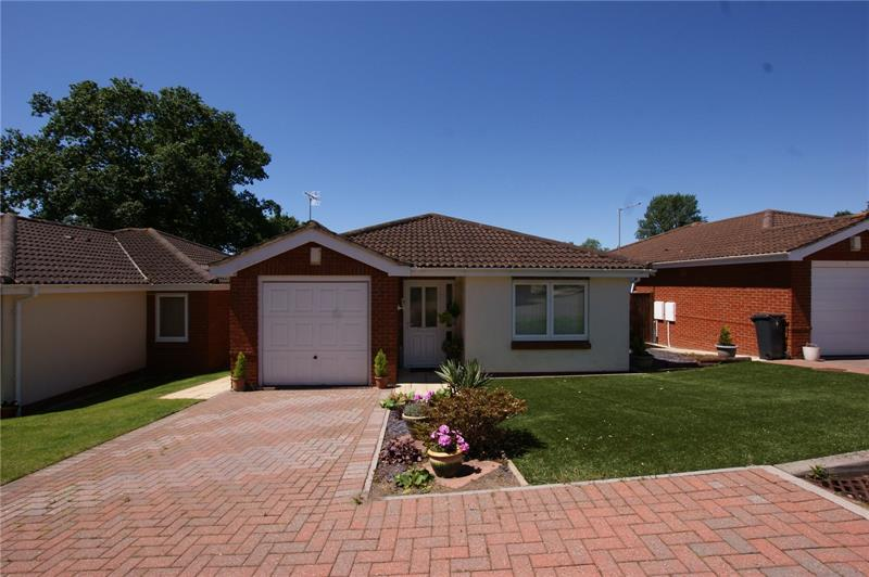 Clarence Gardens, Broadstone, BH18