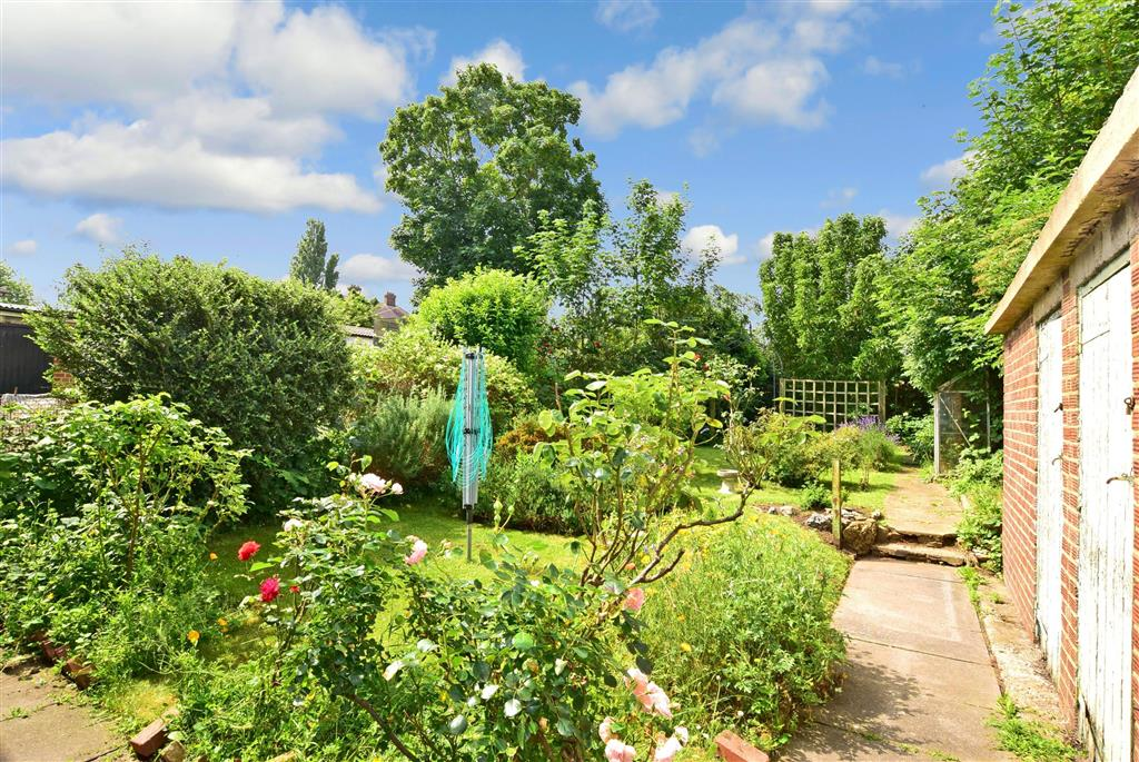 Cygnet Gardens, , Northfleet, Gravesend, Kent