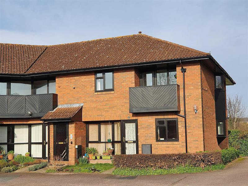 12 Burrows Court, Hampton Park, Hereford, HR1 2SN