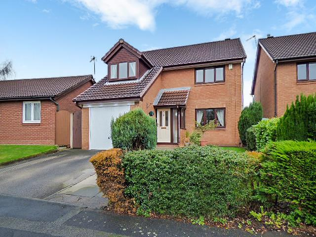 Applecross Close, Birchwood, Warrington WA3 6UX